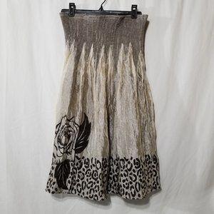 Lapis shimmery skirt with flower design